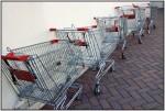 DSC16375w.JPG Shopping trolleys queueing to go home